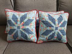 Family Room, Home And Family, Quilted Pillow, Cushions, Throw Pillows, Quilts, Bed, Cushion Pillow, Christmas