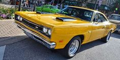 Everyone loves the bonkers Plymouth Road Runner, but its Dodge sibling, the Super Bee never enjoyed ... - Chad Horwedel + Flickr