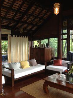 ( ◜◡‾)(‾◡◝ )                                              Thai style living room