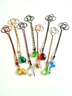 Items similar to Fall Autumn Wedding Favors - Custom Bubble Wands Celtic Love Knot - Personalized - Choose Your Colors (Set of on Etsy Easy Arts And Crafts, Crafts For Kids, Fantasy Craft, Celtic Love Knot, Homemade Bubbles, Arte Country, Bubble Wands, Celtic Symbols, Beads And Wire