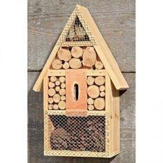 Bijenhotel met puntdak - voorbeeld