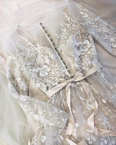 Perfect Wedding, Dream Wedding, Wedding Day, First Date Outfits, Prom Dresses, Formal Dresses, Lovely Dresses, Dream Dress, Wedding Designs