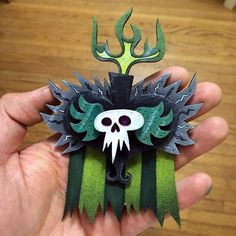 "Xibalba's ""Medal of everlasting life"" by Robot Soda. Office Birthday, 5th Birthday Party Ideas, Holidays Halloween, Halloween Decorations, Halloween Costumes, Book Of Life Costume, Mexican Celebrations, Day Of The Dead Party, Trunk Or Treat"