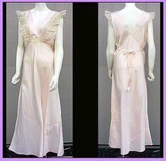 1930s - 1940s Pink Rayon Nightgown Lingerie Size Large