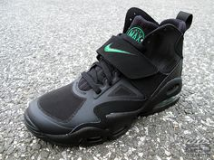 #Nike Air Express... need these for my gym game.