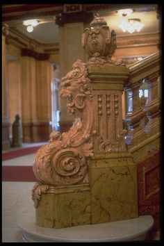 Detail of the main staircase of the Teatro Colón, Buenos Aires. Wooden Staircase Railing, Stair Railing Design, Wood Stairs, Classical Interior Design, Stair Steps, Down South, Rustic Design, Architecture Design, Latin America