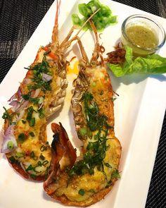 Grilled River Prawn with Thai Spicy Chilli Sauce #thaifood #instafood #instayum #gastronomy #gastronomia #foodstagram #yummy #delicious #aroi #thaicuisine #foodie #foodbkk #foodgasm #cheftable #foodporn #foodspotting #foodgraphy http://w3food.com/ipost/1509269411360408942/?code=BTyAIh-gAVu