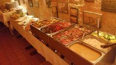 Firemné akcie a večierky. Lámete si hlavu kde usporiadať Váš firemný večierok? Ponúkame priestor,  skvelú kuchyňu...