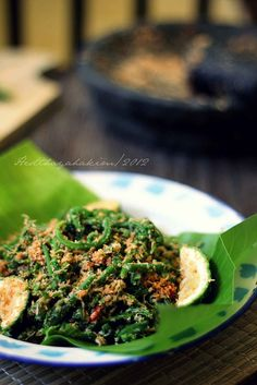 HESTI'S   KITCHEN : yummy for your tummy: Lawa Daun Paku