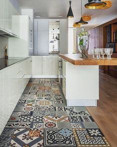 Love the floor style and colors! by decor