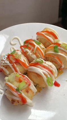 Jamacian Food, Snack Video, Food Science, Cooking Recipes, Cooking Ideas, Caprese Salad, Diy Food, Sushi, Chicken Recipes