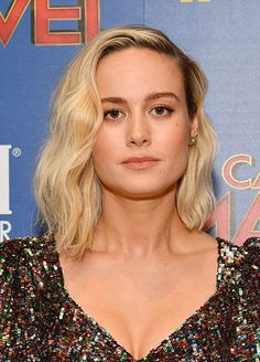 Brie Larson at an event for Captain Marvel Brie Larson, Attractive People, Blake Lively, Captain Marvel, American Actress, Beautiful Women, Glamour, Actors, Hair Styles