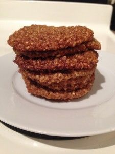 Healthy Farm-Style Oatmeal Cookies! #healthy #oatmealcookies