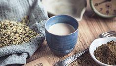 Ora sul mercato si trovano varie alternative e fra queste una molto interessante è il latte di canapa sativa