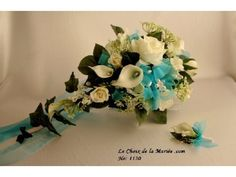 Bouquet (Turquoise and Cream white)(B1030)