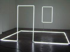 Massimo Uberti, Stanza silente, 2001, neon, iron and Silver wire, 220 x 400 x 400 cm