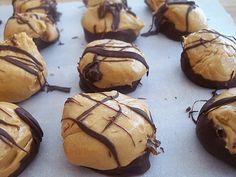 Easy recipe for Peanut Butter Chocolate fudge bites. Click for recipe.