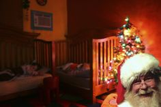 How to capture a photo of Santa on Christmas Day in your House! by: oh! rubbish! blog