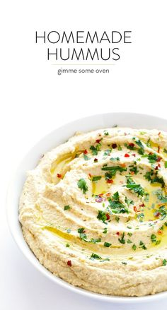 My FAVORITE hummus recipe! It's incredibly easy to make, perfect as a dip or spread, and so fresh and delicious | gimmesomeoven.com