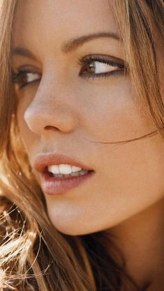 Kate Beckinsale. IMO She is one of the worlds most beautiful women. Absolutely love her.