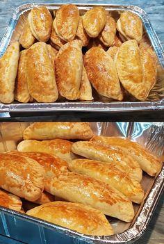 Τυροπιτάκια κουρού !!! ~ ΜΑΓΕΙΡΙΚΗ ΚΑΙ ΣΥΝΤΑΓΕΣ 2 Cheese Pies, Greek Recipes, Dessert Recipes, Desserts, Pretzel Bites, Hot Dog Buns, Allrecipes, Tart, French Toast