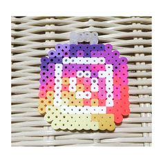 Diy Perler Beads, Perler Bead Art, Pixel Art, Plastic Bead Crafts, Perler Bead Disney, Peler Beads, Instagram Logo, Melting Beads, Perler Patterns