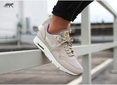 Nike Air Max Rose Gold Metallic