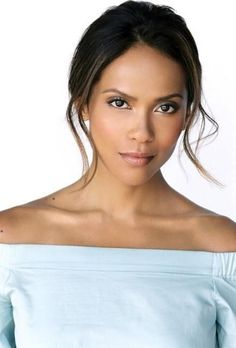 Sizzling Talent LESLEY-ANN BRANDT Steams up Scenes On LUCIFER! When you look at the exotic beauty of Lesley-Ann Brandt, it's hard to imagine that anyone can ever think of her as anything other than. Lesley Ann Brandt, Tricia Helfer, Tom Ellis, New Actors, Actors & Actresses, Pretty People, Beautiful People, The Danish Girl, Actor Headshots