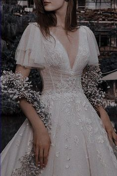 Pretty Outfits, Pretty Dresses, Beautiful Dresses, Elegant Dresses, Dream Wedding Dresses, Wedding Gowns, Ethereal Wedding Dress, Ball Dresses, Prom Dresses