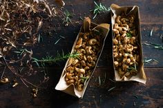 These aromatic and extremely more-ish nuts bring together rosemary, orange, cumin and salt in a wonderful combination. They are dead-easy to whip up and make a perfect edible gift. Cashew Recipes, Snack Recipes, Cooking Recipes, Party Recipes, Savory Snacks, Healthy Snacks, Healthy Recipes, Holiday Recipes, Great Recipes