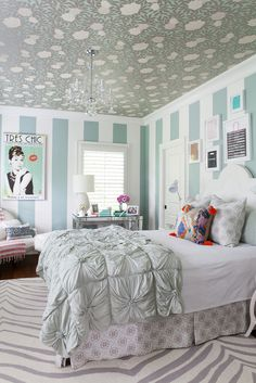 Love this teen girl bedroom makeover