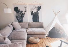 Display Your Family Pictures On The Wall Family Family Pictures On Wall, Display Family Photos, Family Wall Decor, Family Room, Images Murales, Casa Kids, Engineer Prints, Inspiration Wall, Diy Bedroom Decor
