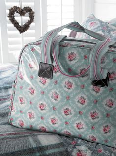 New GreenGate collection Autumn/Winter 2013: Winter Feelings Bag Phoebe Mint