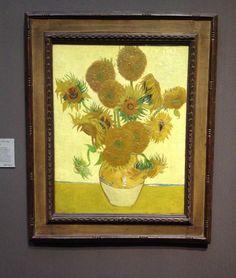 Van Gogh - Solsikkerne på National Galleri der ståler ligesom lys ud fra dem. Hver gang vi besøger London er det fast tradition at gense dem.