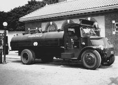 Mack AK Tanker Truck '1927–29