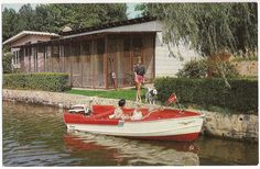 1960's ad postcard for Peters Point Cottages on Lake Hamilton, Hot Springs Arkansas