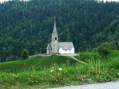 Chiesetta di Montagna (Sauris)