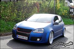 Satin blue VW Golf Mk5 GTI at the Woerthersee Tour GTI-Tre… | Flickr
