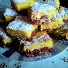 Sweet Desserts, Pound Cake, French Toast, Deserts, Muffin, Food And Drink, Cooking Recipes, Breakfast, Cherries