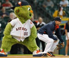 Following a legendary season, Orbit wins Mascot of the Year award. Click here to relive all of Orbits best moments this season!