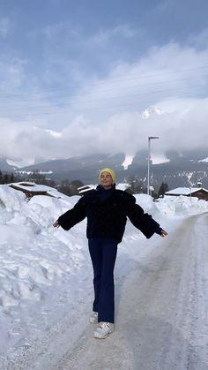 feels like this rn Winter Fits, Baby Winter, Winter Snow, Winter Wear, Winter Christmas, Ski And Snowboard, Snowboarding, Skiing, Ski Season