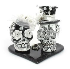 Day of the Dead Skull Cake Topper with Ring Heart Base Ceramic Crafts