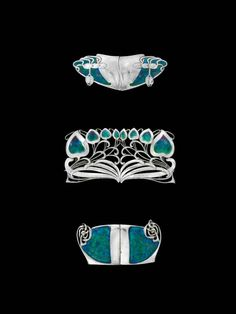 I especially love the lines of the middle belt buckle, but the contrast between the silver and aquamarine colours look amazing!