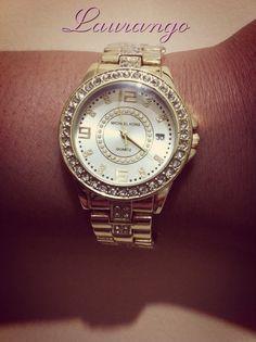 Reloj Michael Kors Dorado  $35.000 Envíos Nacionales ~ Whatsapp: 3015656550 Colombia