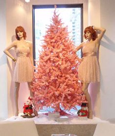 Possibly our most-adored tree, the Pretty in Pink artificial Christmas tree is a fan favorite for a reason. The soft pink branches have a matte finish that simply makes the tree glow.