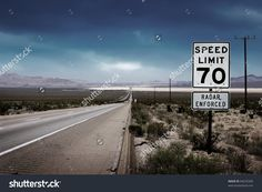 Desert Highway Road To Horizon With A Speed Limit Sign On A Side. Stock Foto 84235390 : Shutterstock
