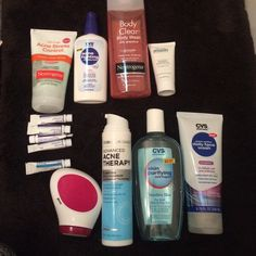 acne product bundle almost 100$ of products barley used or not used at all. with Wave (automatic scrubber seen on tv) and even Epidou samples proactiv Other