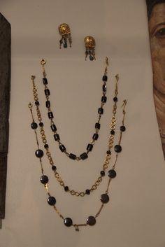 Roman Jewelry, Gold Rings Jewelry, Old Jewelry, Gemstone Jewelry, Antique Jewelry, Beaded Jewelry, Jewelery, Renaissance Jewelry, Medieval Jewelry