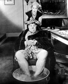 Laurel & Hardy - Sons of the Desert - 1933