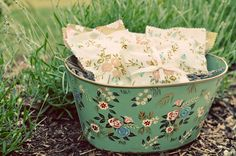 Lavender Sachets wedding favors: How to Make Sachets with Vintage Fabric